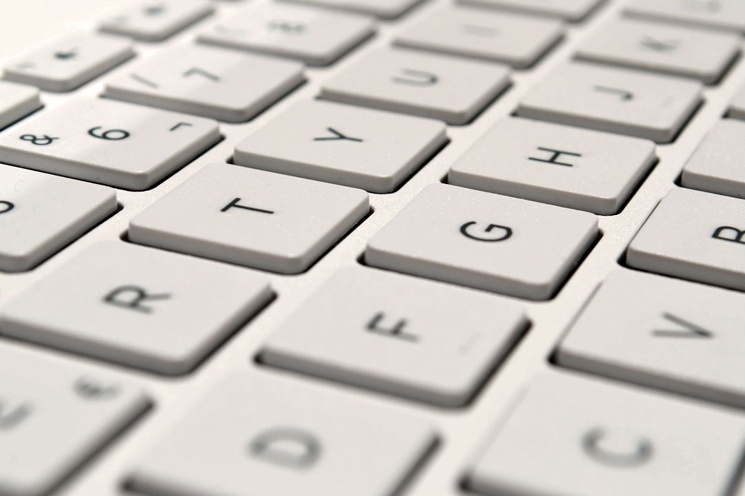 Essential Computer Keyboard Shortcuts for Mac and PC's