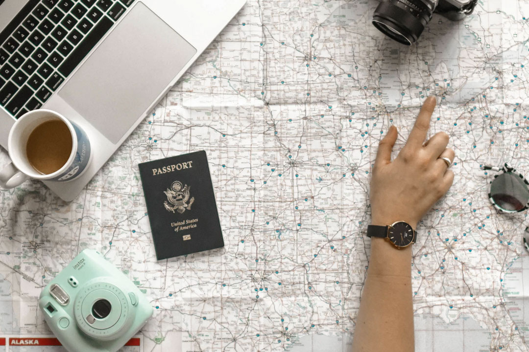 Technology Travel Tips: How to Keep Yourself Safe